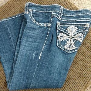 Women's LA Idol USA Capri Jeans